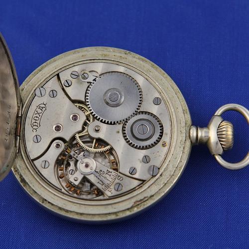 Vreckové hodinky DOXA  a4fee081414